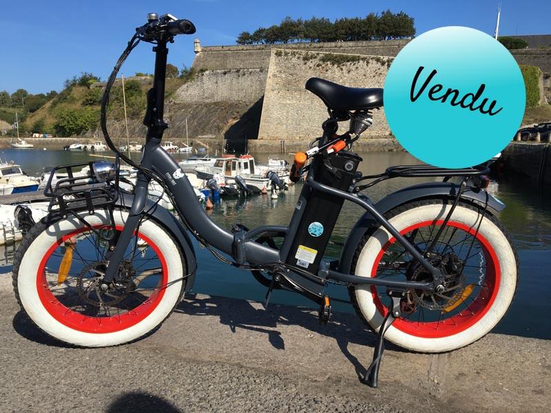 Vélo Miss Little noir et rouge - vendu