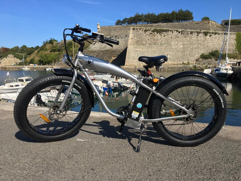 Vélo Mister Tank gris et noir